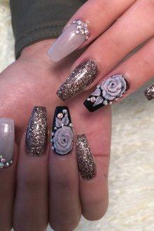 Маникюр на длинные ногти красивый