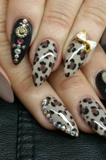 Маникюр на длинные ногти леопардовый