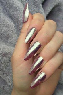 Маникюр на длинные ногти металлик
