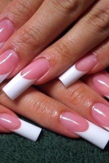 Маникюр на длинные нарощенные ногти