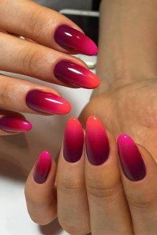 Маникюр на длинные ногти розовые с градиентом