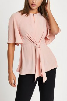 Блузка с коротким рукавом дизайн