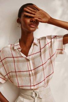 Блузка с коротким рукавом в клетку