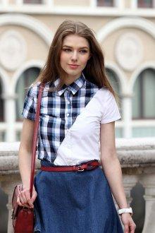 Блузка с коротким рукавом комбинированная