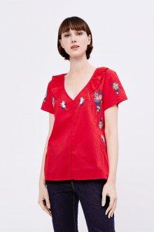 Блузка с коротким рукавом красная с вышивкой