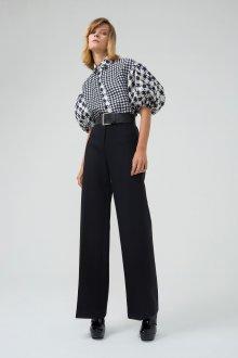 Блузка с коротким рукавом оригинальная