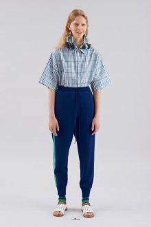 Блузка с коротким рукавом тенденции