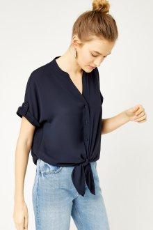 Блузка с коротким рукавом тренды