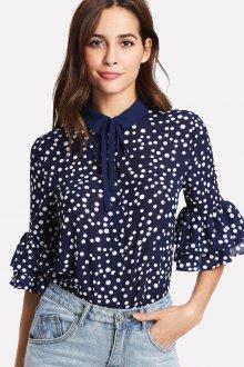 Блузка с коротким рукавом воланом
