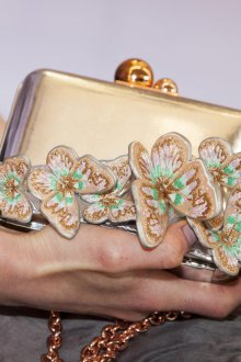 Золотая сумка с бабочками