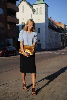 Золотая сумка бархатная