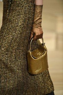Золотая сумка Chanel