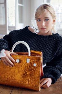 Золотая сумка стильная
