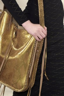 Золотая сумка под питона