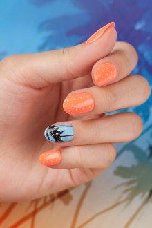 Овальный маникюр оранжевый