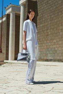Белые женские брюки брендовые