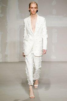 Белые женские брюки с декором