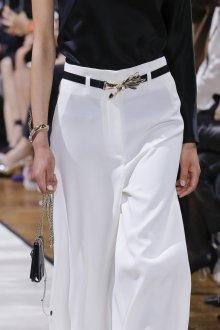 Белые женские брюки легкие