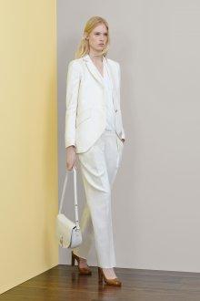 Белые женские брюки с низкой посадкой