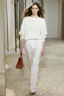 Белые женские брюки однотонные