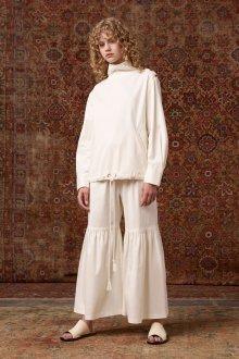 Белые женские брюки примеры
