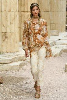 Белые женские брюки с принтом
