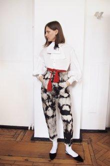 Белые женские брюки с узором