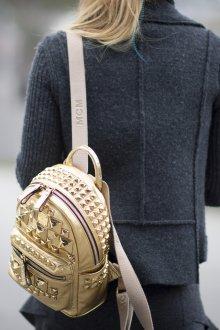 Рюкзак для подростка золотой