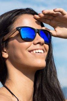 Зеркальные очки с синими линзами