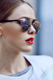 Зеркальные очки стильные