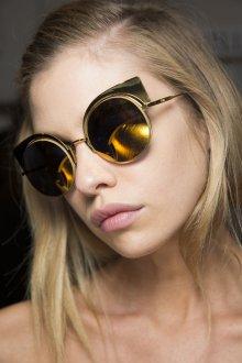 Зеркальные очки с желтым покрытием