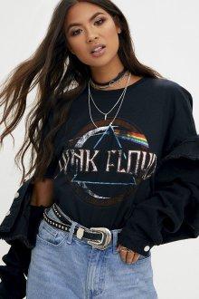 Черная футболка молодежная