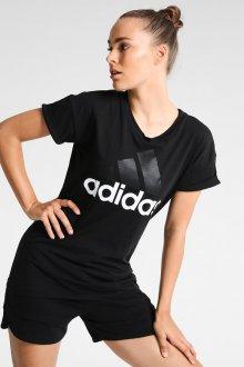 Черная футболка спортивная