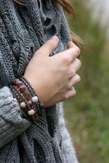 Браслет из шнурков плетеный
