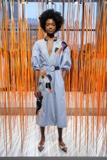Платье халат с аппликацией