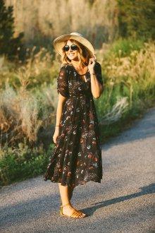Платье из штапеля черное