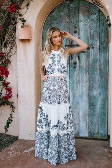 Платье из штапеля комбинированное