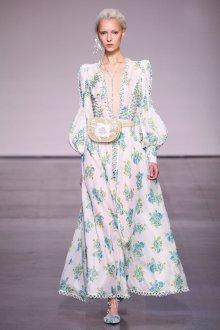Платье из штапеля красивое