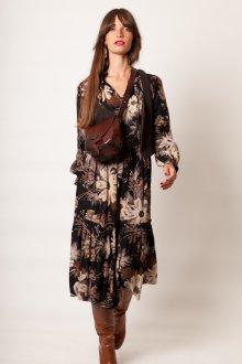 Платье из штапеля с крупными цветами