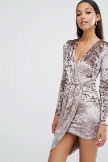 Платье с запахом асимметричное велюровое