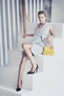 Платье с запахом деловое