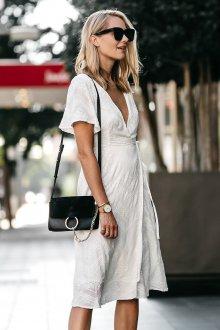 Платье с запахом фактурное