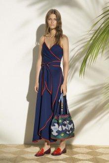 Платье с запахом и отделкой