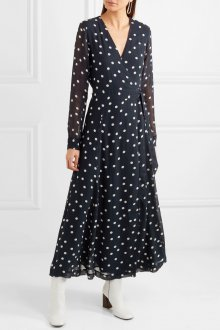 Платье с запахом и рукавом