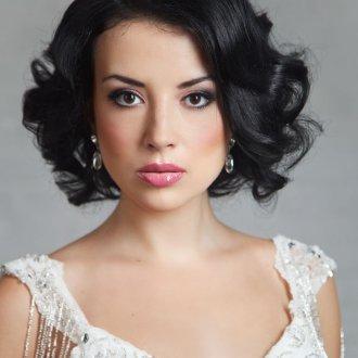 Прическа свадебная на короткие волосы