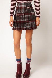 Короткая клетчатая юбка со  складками