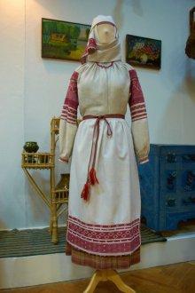 Крой и декоративные швы в Белорусском национальном костюме
