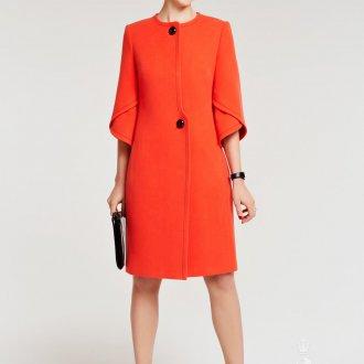 Прямое коралловое пальто