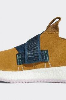 Мужские кроссовки «Адидас»
