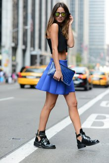 Синяя юбка солнце